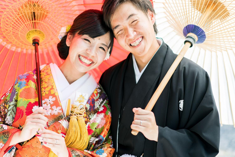 笑顔が素敵な花嫁花婿さん。