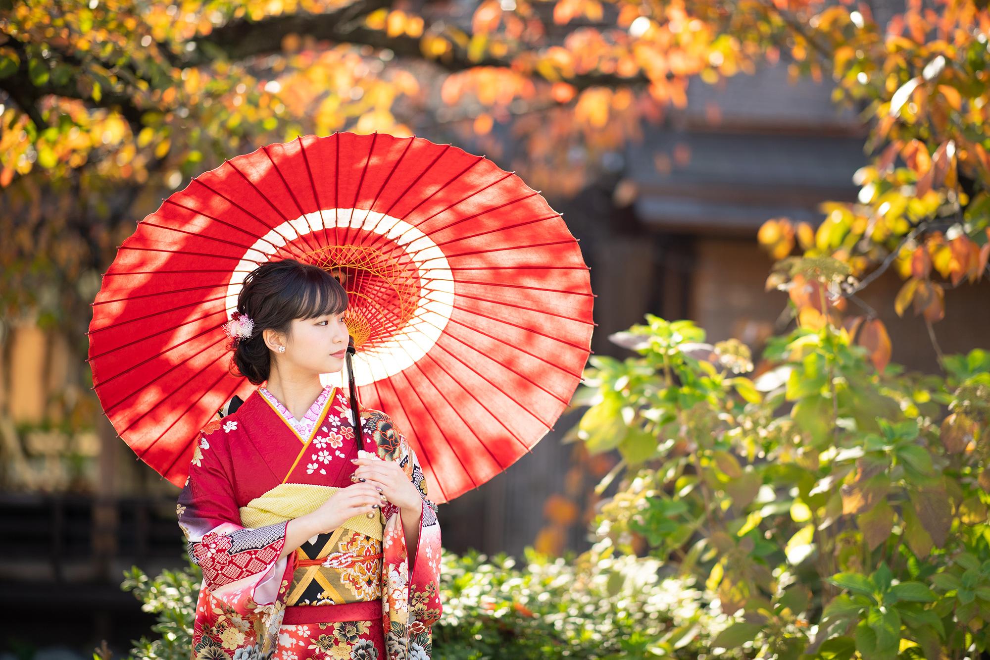 祇園で振袖撮影和傘あり