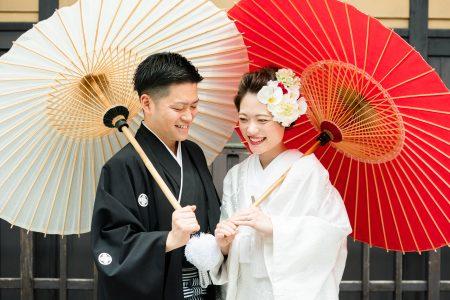 和傘を使った前撮り